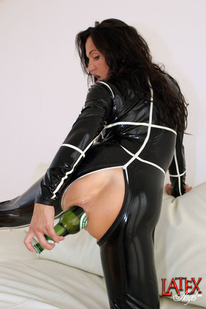 Foto Latex Mature